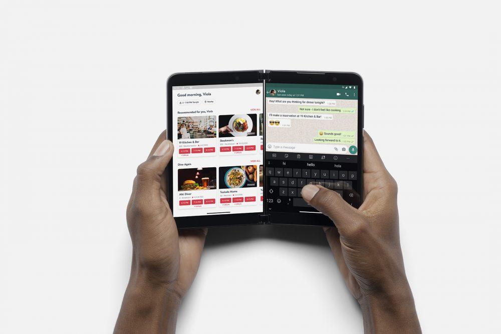 Surface Duo 2 Multitasking 1000x667