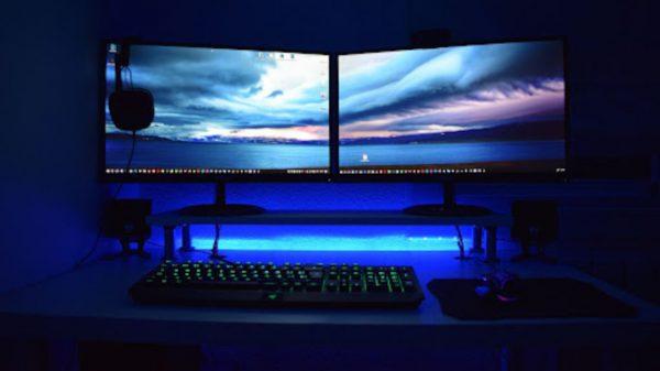 Dwa monitory 4k